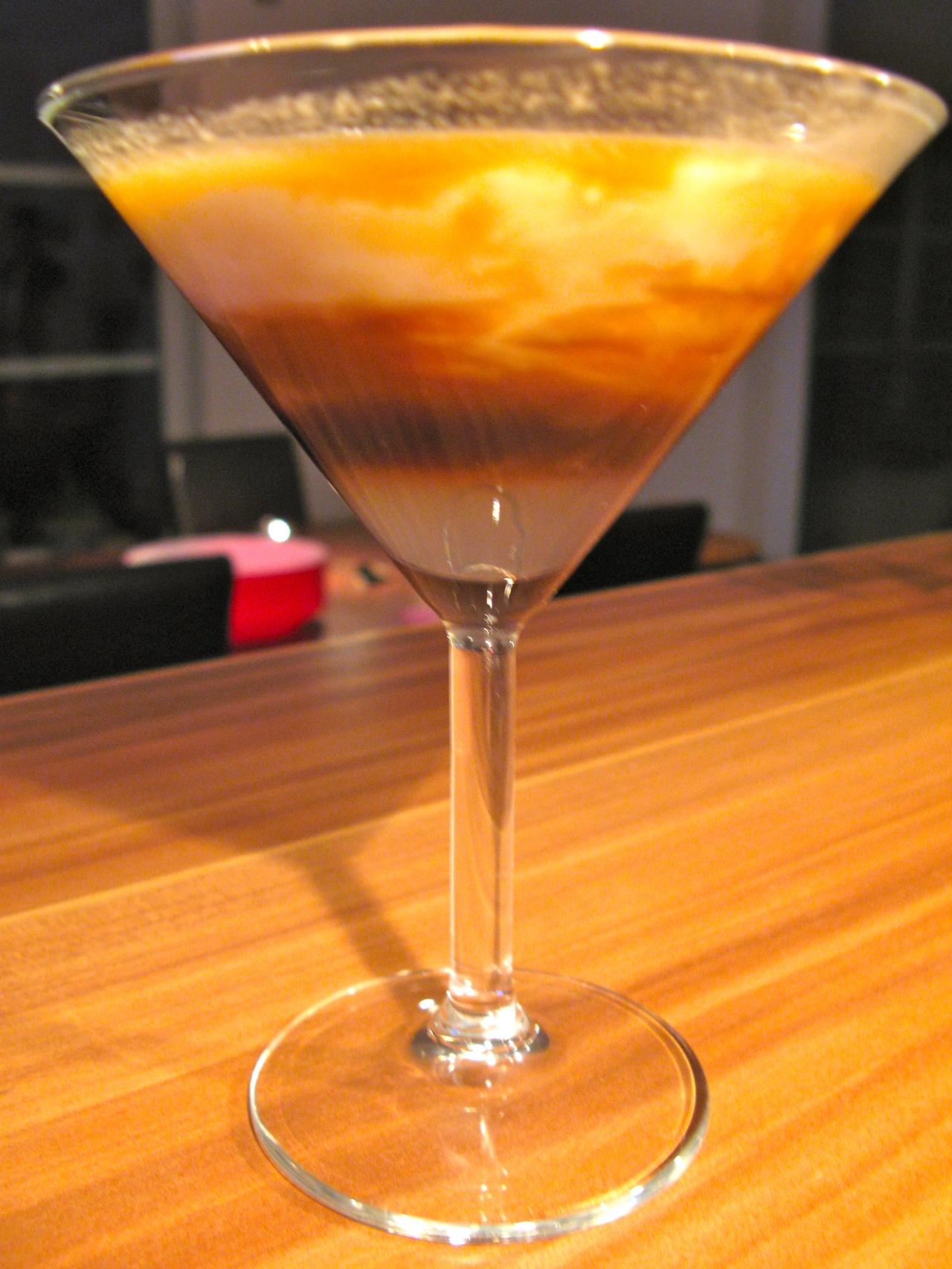 Kaffee-Cocktail mit Kokos – vietnamesischesDessert