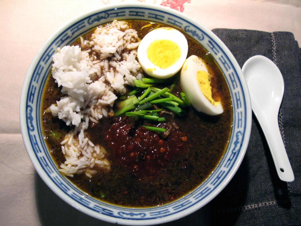 Rawon – Rezept für schwarze Rindfleischsuppe ausOst-Java