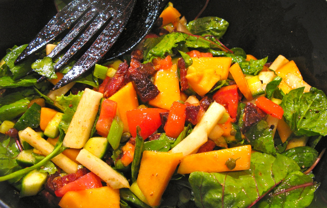 Sommersalat mit Cantaloupe | Kohlrabi | Gurke |Chorizo