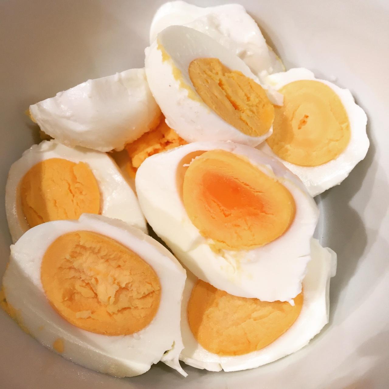 Salzeier (Salt Eggs) | Soleier aufAsiatisch
