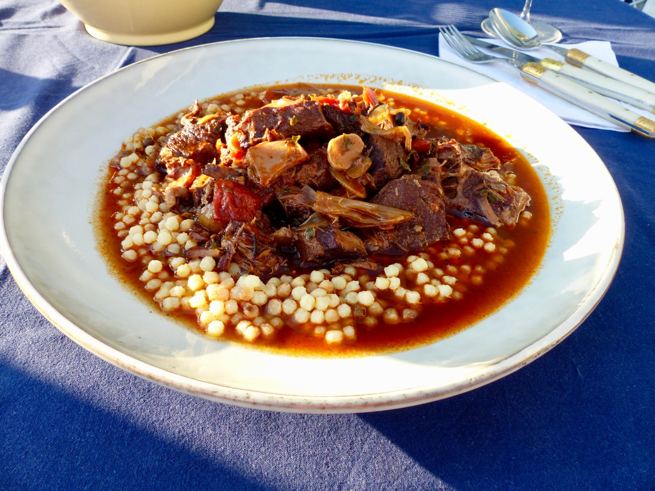 Stifado – Slow Cooked